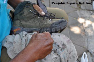Penjahit Sepatu Keliling